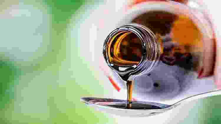 xarope, tosse, remédio - iStock - iStock