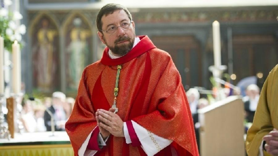 O bispo Jean-Pierre Delville, em Liège, em imagem de 2013 - AFP/Arquivo