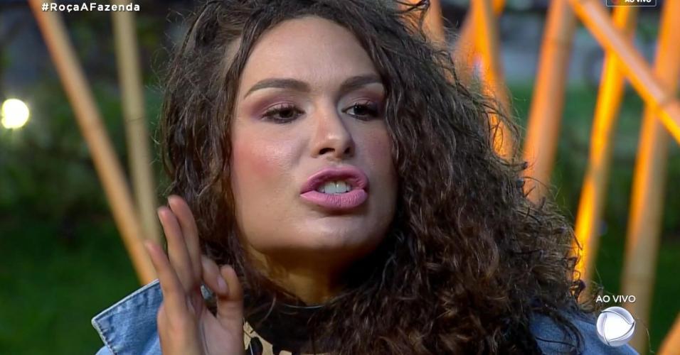 Fernanda Lacerda discute com Nadja Pessoa durante programa ao vivo