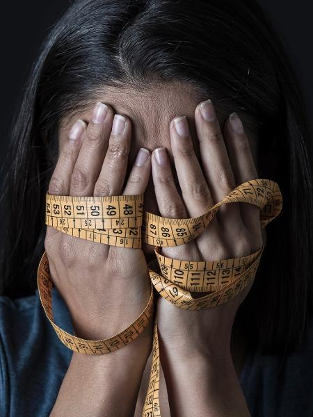 O excesso de peso não apenas aumenta os risco de câncer e doenças cardiovasculares, mas também pode levar à depressão - iStock