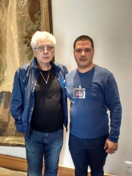 Silvio Cerceau posa ao lado de Aguinaldo Silva - Imagem/Arquivo pessoal