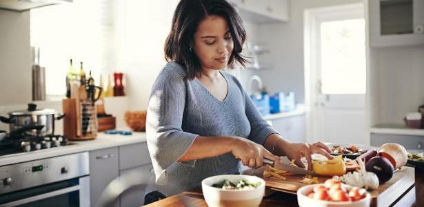 6 formas de fazer a refeição te 'engordar menos'