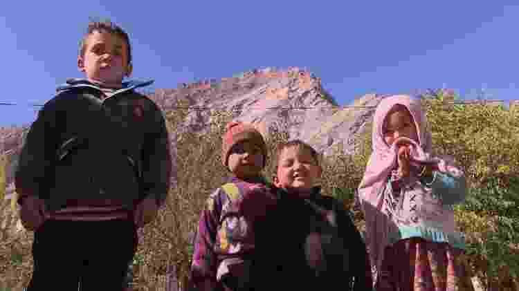 Crianças paquistanesas - BBC - BBC