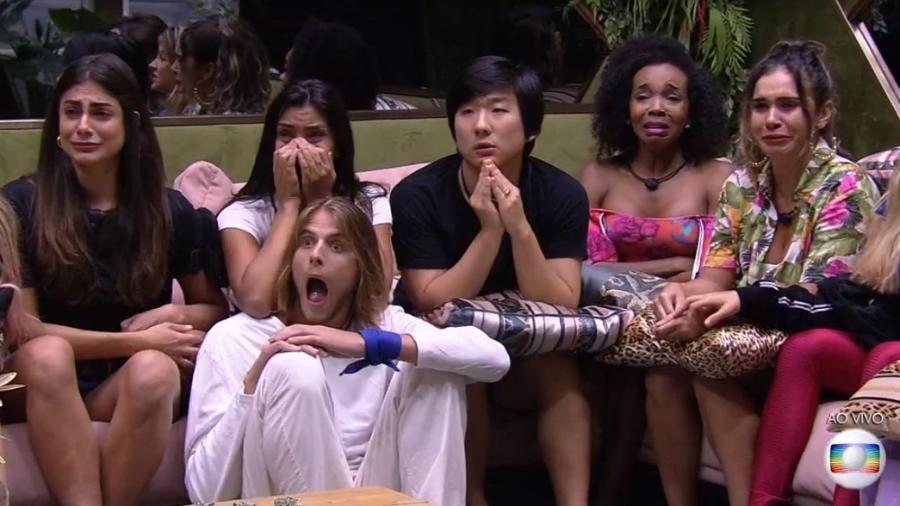 Brothers se surpreendem com notícia do coronavírus  - Reprodução/TV Globo