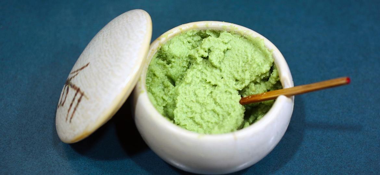Pasta industrializada à base de raiz-forte ou mostarda pode conter até 1% de wasabi ou nada - DigiPub/Getty Images