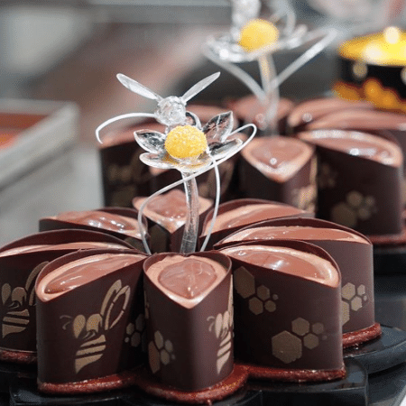 Um dos doces vencedores da equipe italiana, que combinava chocolate, baunilha e laranjas da Sicília produzidas próximo ao vulcão Etna - Reprodução/Instagram