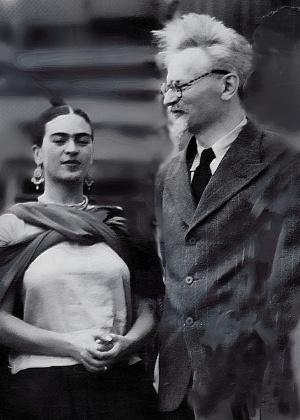 Trotsky é clicado com Frida Kahlo ao chegar ao Mexico em 1937 - Reprodução