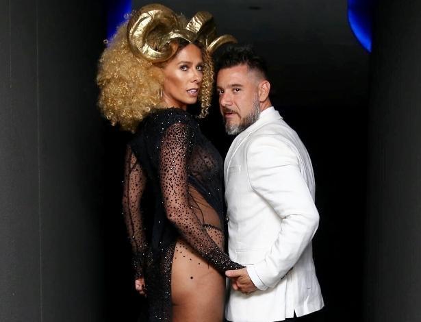 16.fev.2017 - Adriane Galisteu e Alexandre Iódice  no Baile de Carnaval da Vogue, no hotel Unique, em São Paulo