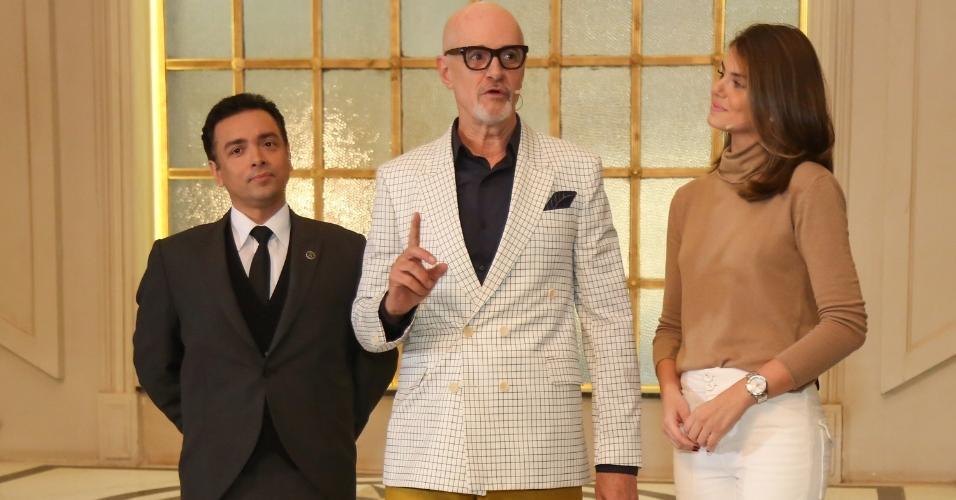 """Rodrigo Fagundes, Marcos Caruso e Camila Queiroz recebem convidados no fictício hotel Carioca Palace, cenário da novela """"Pega Pega"""""""
