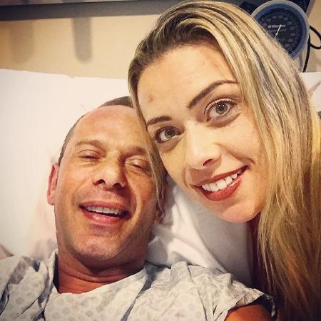 Rafael Ilha e a mulher Aline Kezh no hospital  Beneficência Portuguesa em SP - Reprodução/Instagram