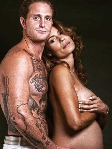 Cameron Douglas e namorada, a instrutora de ioga Viviane Thibes - Reprodução/Instagram