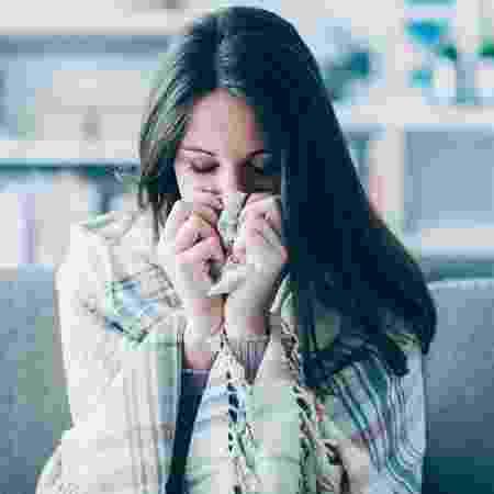 Febre alta geralmente é um sintoma que indica que você tem gripe, não resfriado - iStock