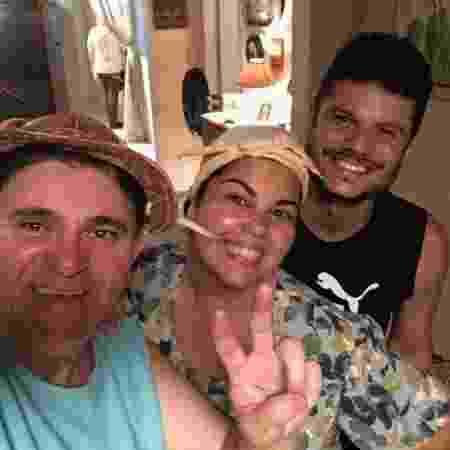 """Batoré com Fabiana Karla e o diretor Rodrigo César nos bastidores do filme """"Lucicreide vai pra Marte"""" - Arquivo pessoal - Arquivo pessoal"""