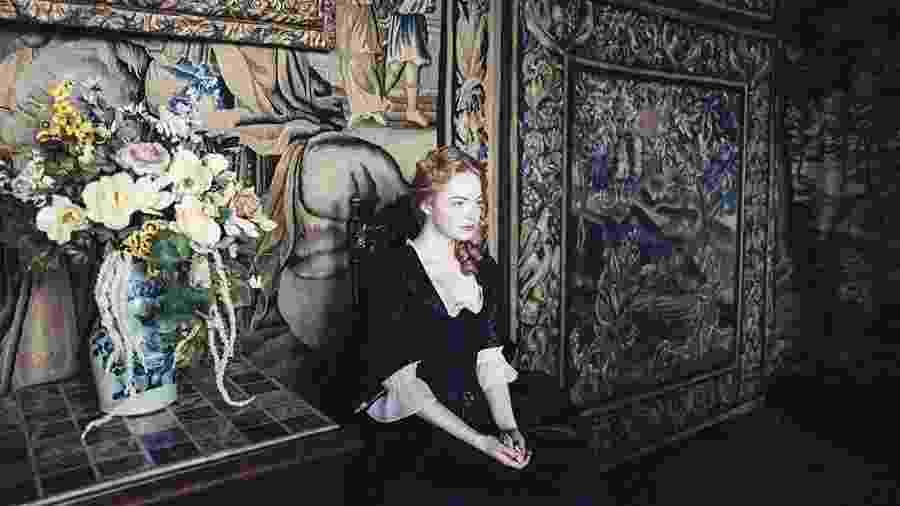 """Emma Stone em """"A Favorita"""" - IMDB/Divulgação"""