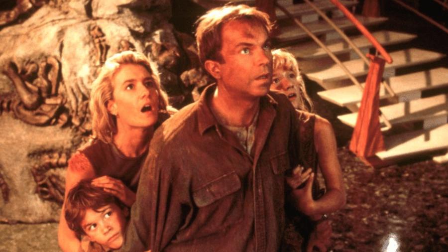 """Da esquerda: Joseph Mazzello, Laura Dern, Sam Neill e Ariana Richards em """"Jurassic Park"""" - Divulgação/IMDb"""