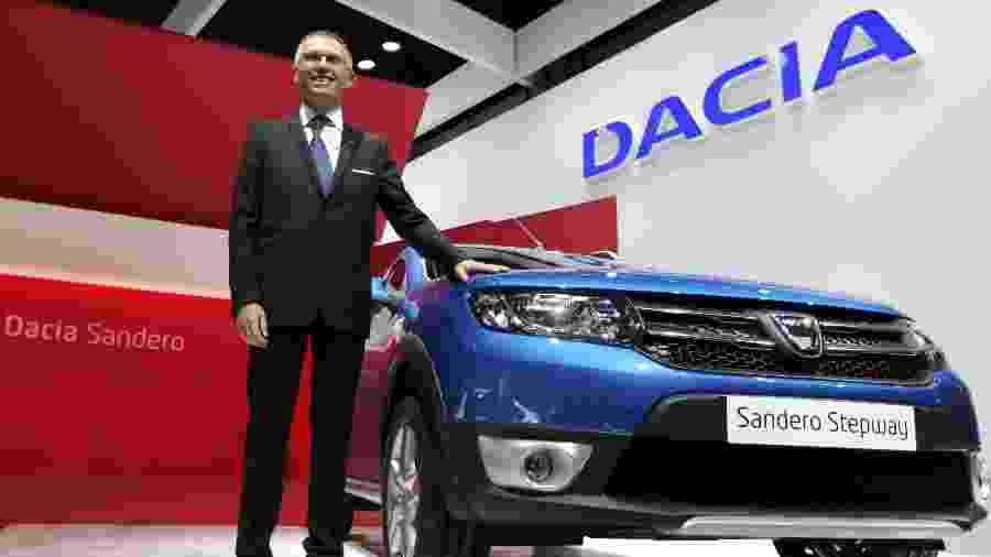Dacia Sandero Stepway durante o Salão de Paris em 2012 - Christian Hartmann/Reuters