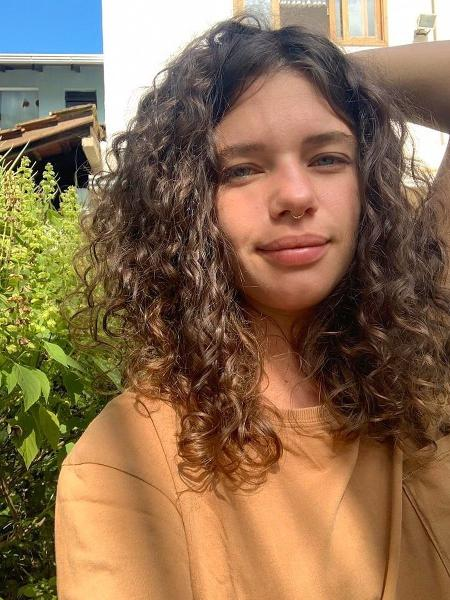 Bruna Linzmeyer posa sem maquiagem - REPRODUÇÃO/INSTAGRAM