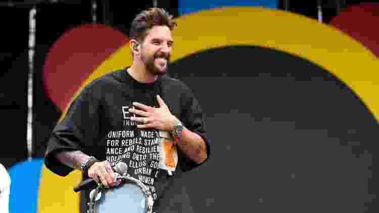 Felipe Pezzoni, vocalista da Banda Eva, em show no CarnaUOL - Alexandre Schneider/UOL - Alexandre Schneider/UOL