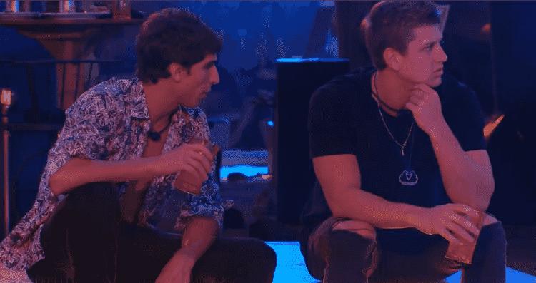 Felipe conversa com Lucas -  -