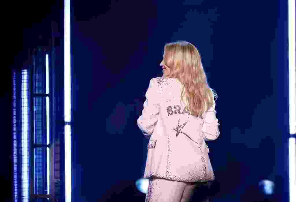 Com roupa homenageando o Brasil, Kylie Minogue se apresenta no festival GRLS!, em São Paulo - Iwi Onodera/UOL