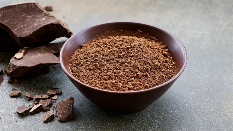 A alfarroba processada tem cor muito semelhante ao chocolate e é bastante doce - iStock