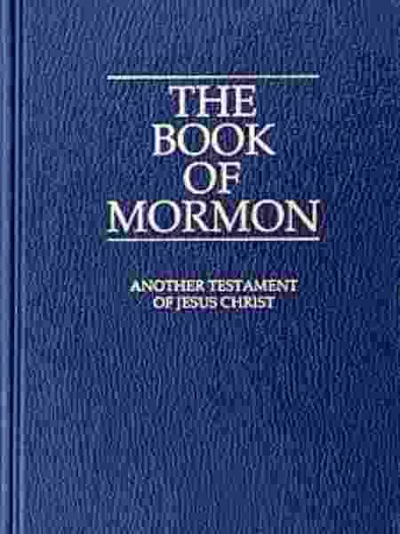 """Além da Bíblia, os mórmons têm como guia espiritual o """"Livro de Mórmon"""", escrito por Smith, que traz histórias de cristões nos EUA e supostas revelações de Deus ao autor. - Creative Commons - Creative Commons"""