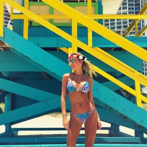8.jun.2015 - Na tarde desta quarta-feira, Ana Paula Siebert mostrou que está em excelente forma. A modelo postou uma foto no Instagram em que aparece de biquíni em Miami, nos Estados Unidos