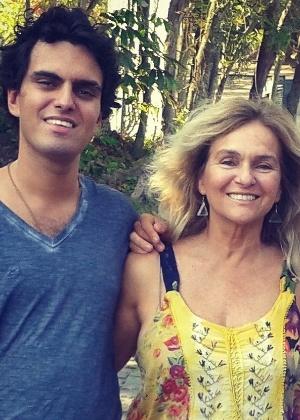 Músico, Rian acompanhava o trabalho da mãe Brita Brazil - Reprodução/Facebook/brita.brazil