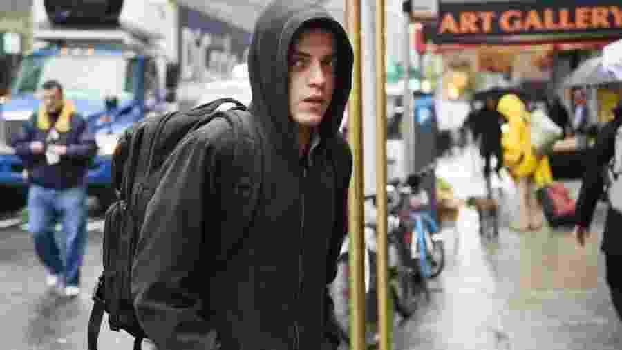 "Rami Malek é Elliot Alderson na série ""Mr. Robot"" - Reprodução"