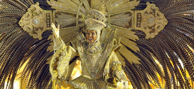 Carlos Reis, principal destaque da Portela, no desfile de 2012 - Arquivo Pessoal