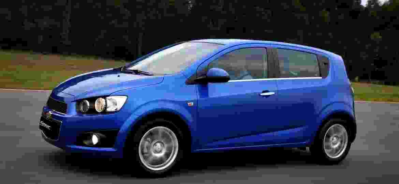 Chevrolet Sonic chamou a atenção com seu visual arrojado ao estrear em 2012, mas as vendas não decolaram e ele se despediu 2 anos depois - Divulgação