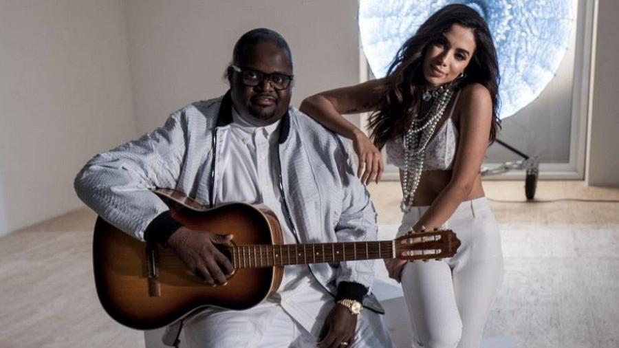 Poo Bear posa com Anitta em gravação de videoclipe - Divulgação