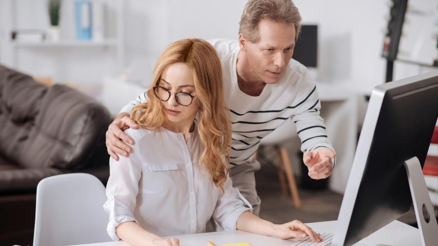 90% das mulheres e 76% dos homens afirmam já ter sofrido assédio moral ou sexual no trabalho, aponta pesquisa sobre o mercado de comunicação - Getty Images