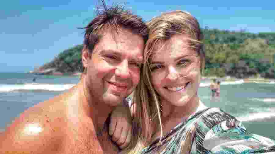 Fábio Rabin e a mulher, Camila, que hoje é sua empresária e co-autora de piadas (sobre si mesma) - Reprodução/Twitter