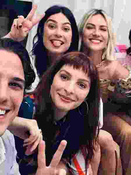 """Parte do elenco de """"Malhação"""" se reecontra após 12 anos - Reprodução/Instagram"""
