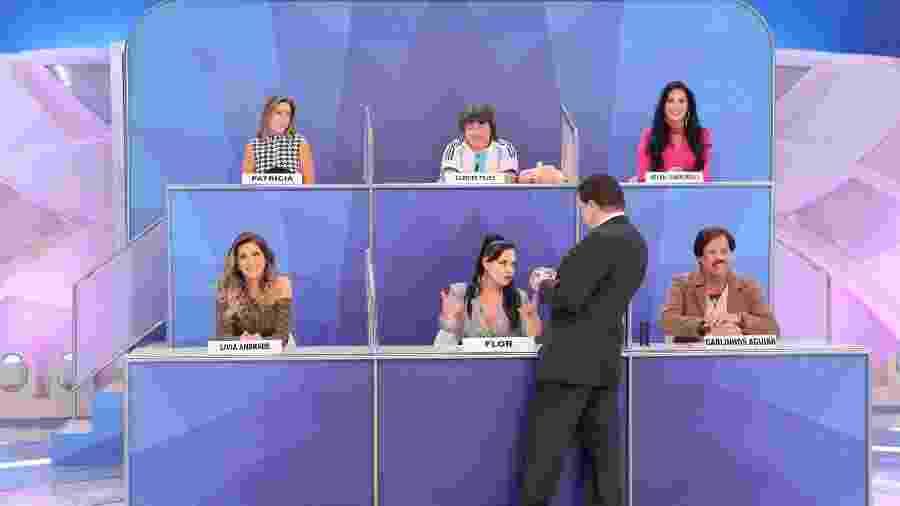 Silvio Santos interage com os participantes do Jogo dos Pontinhos - SBT/Lourival Ribeiro