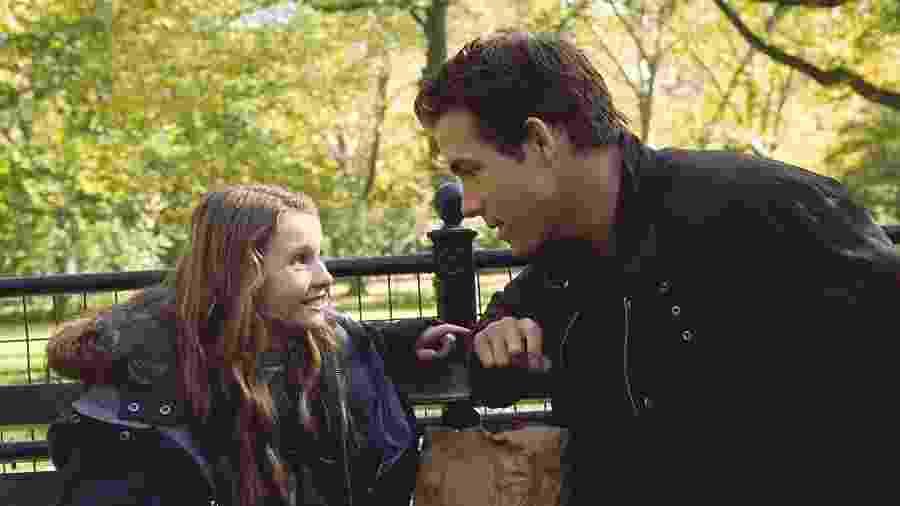 """Ryan Reynolds e Abigail Breslin em """"Três Vezes Amor""""; longa será transmitido na """"Sessão da Tarde"""" de hoje  - Reprodução"""