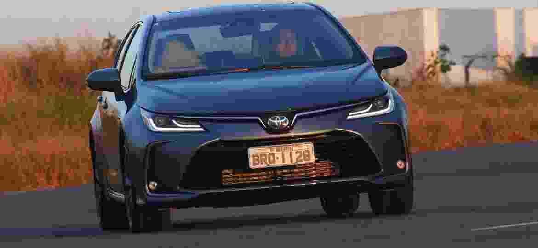 Versão híbrida flex do Corolla está em falta nas concessionárias; motor elétrico e baterias são importados do Japão - Murilo Góes/UOL