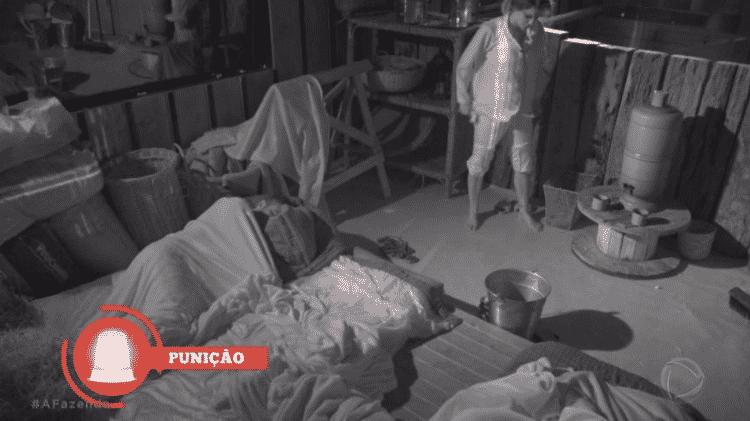 """A Fazenda: Flávia Vianna fez xixi na baia em """"A Fazenda 9"""" - Reprodução/RecordTV - Reprodução/RecordTV"""