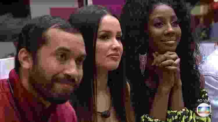 Gil, Juliette e Camilla disputaram o paredão mais emocionante do 'BBB 21' - Reprodução/ Globoplay - Reprodução/ Globoplay