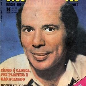 Capa da revista Melodias de 1971, com Silvio Santos careca
