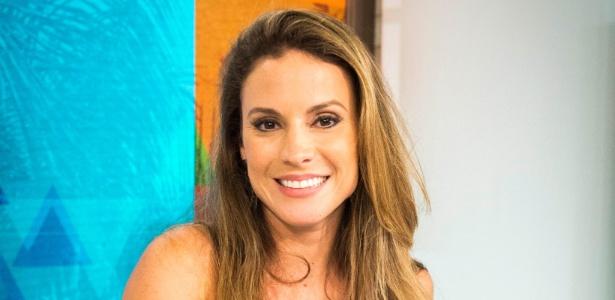 """Maira Charken no cenário do """"Vídeo Show"""" - DiIvulgação"""