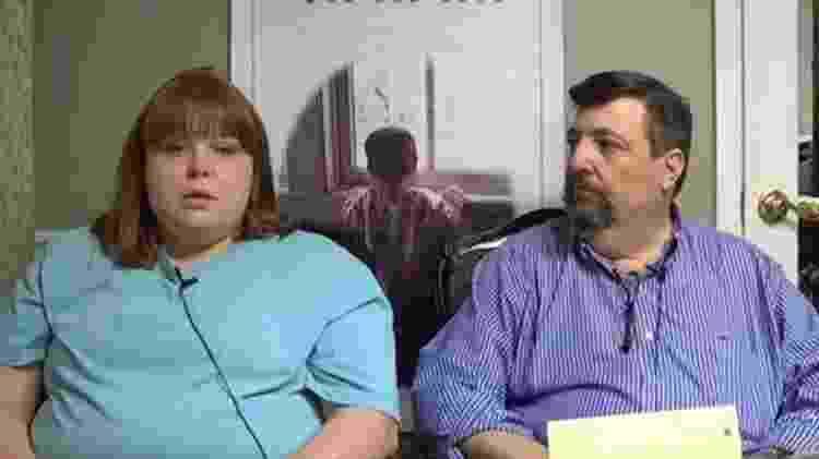 Rose Hall, que ganhou a guarda temporária das duas crianças, diz que ficou 'de coração partido' ao ver os vídeos - Reprodução/YouTube - Reprodução/YouTube