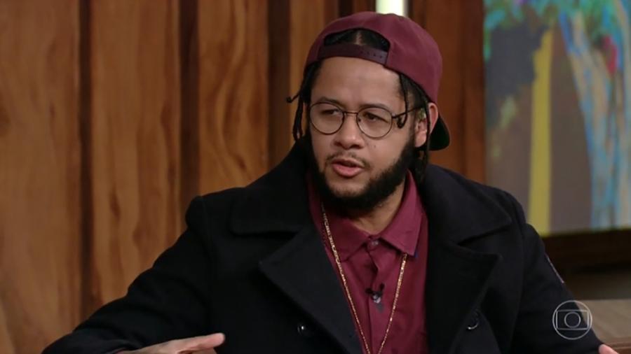 O rapper Emicida foi entrevistado pelo apresentador Pedro Bial - Reprodução/TV Globo