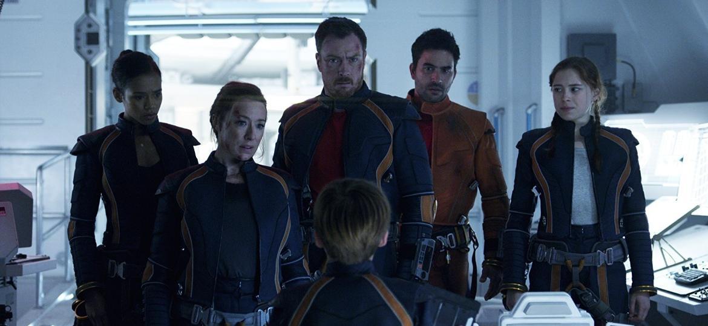 """Cena do novo """"Perdidos no Espaço"""", disponível na Netflix - Reprodução"""
