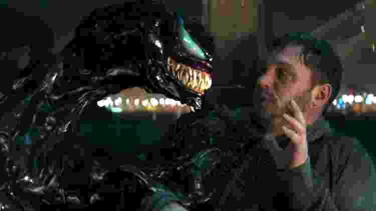 """Tom Hardy se confronta com o simbionte em cena de """"Venom"""" - Reprodução - Reprodução"""