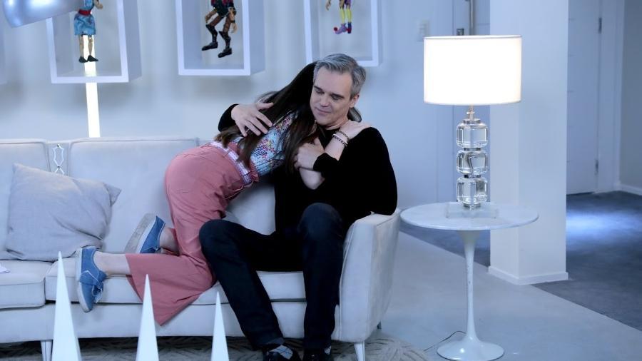 Poliana chama Pendleton de pai e o deixa emocionado - Lourival Ribeiro/SBT