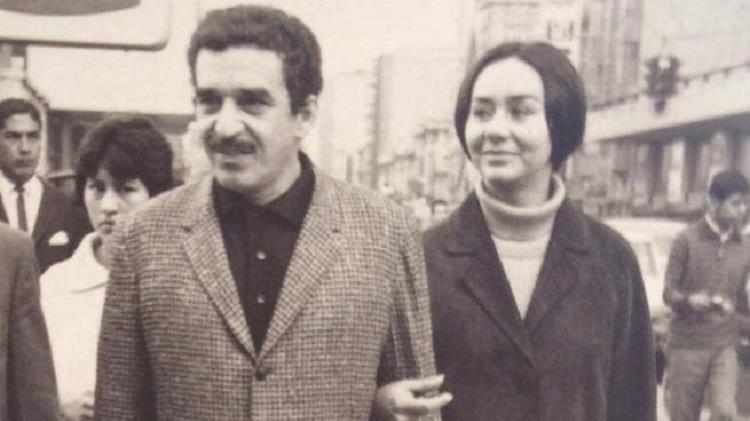 Gabo y Mercedes Barsha - un clon - un clon