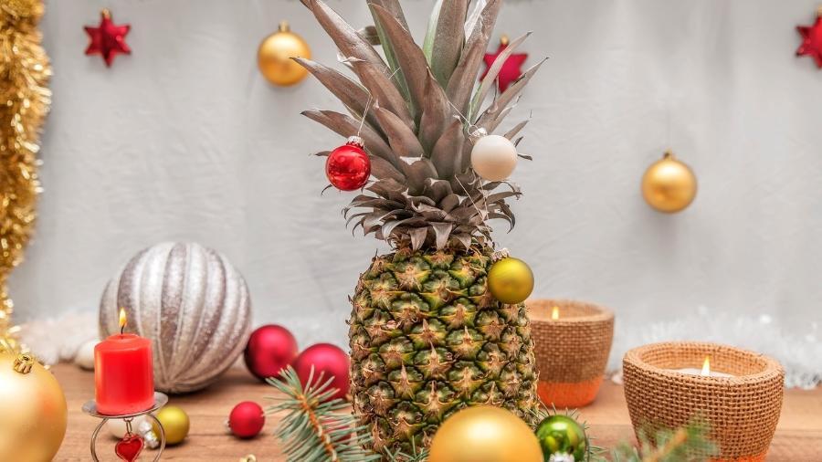 As pessoas estão usando abacaxis para substituir a árvore de Natal. Você usaria? - Getty Images