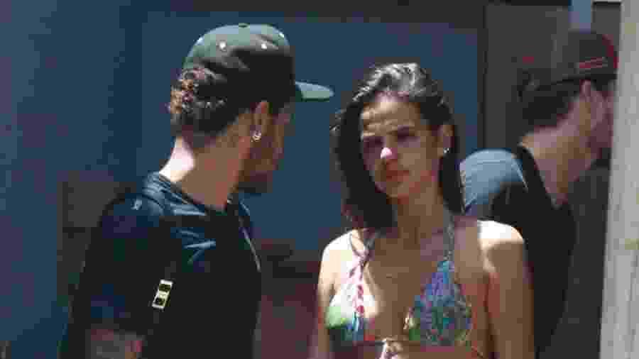 Bruna Marquezine chora na despedida de Neymar em Fernando de Noronha - AgNews